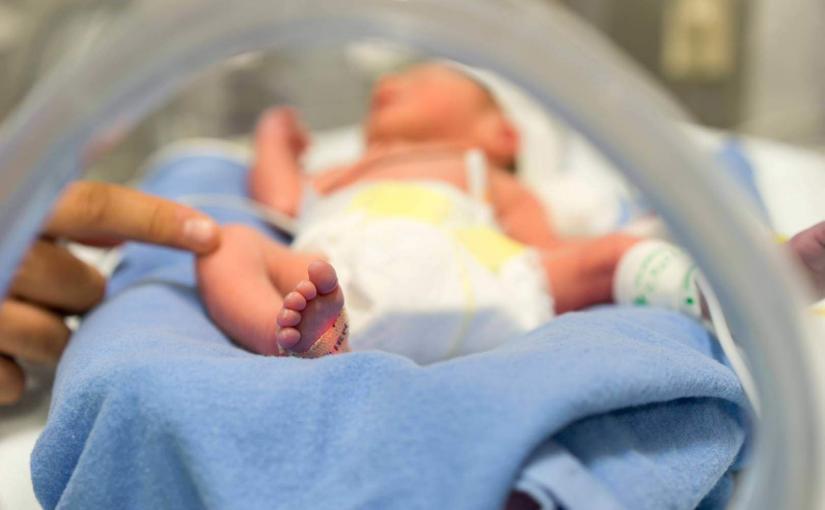 В Германии медсестру обвиняют в отравлении недоношенных детей морфином