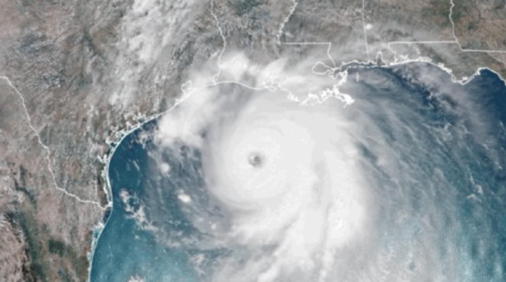 """В США из-за урагана """"Лаура"""" могут эвакуировать до 1,5 млн человек"""