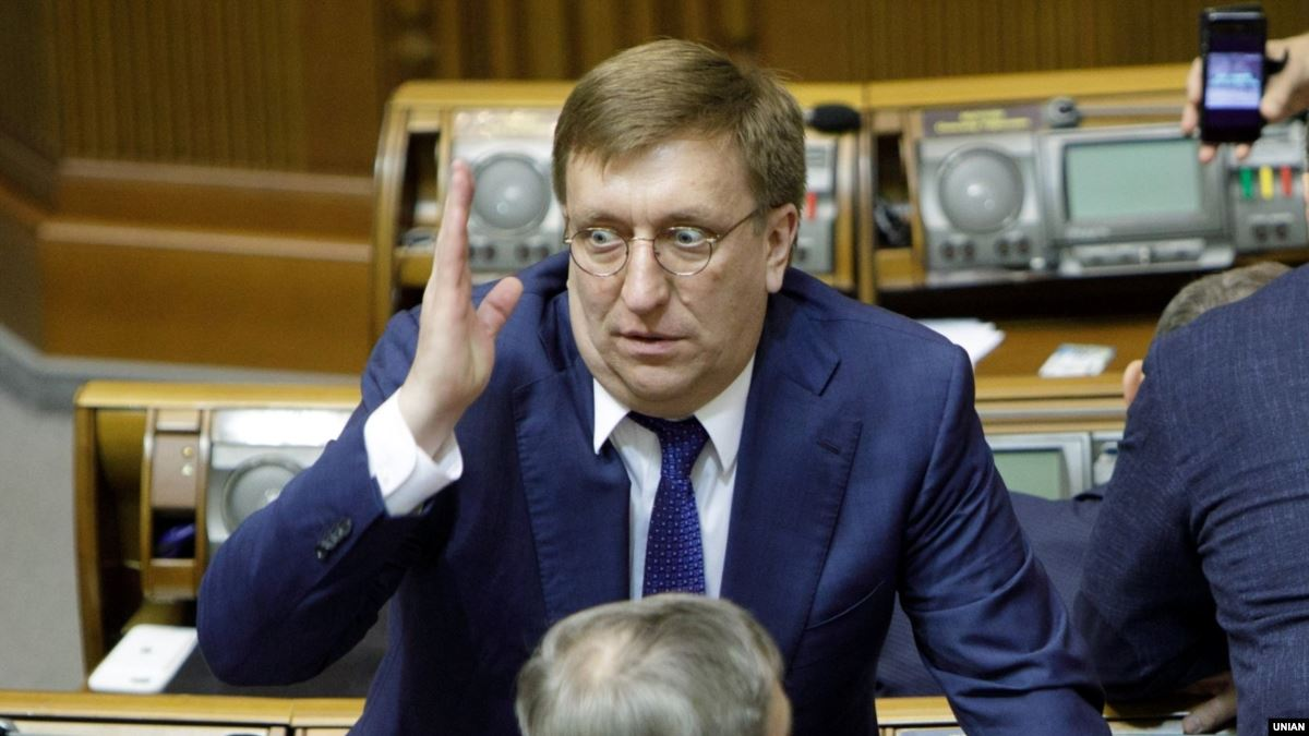 Зеленский уволил Бухарева в запас