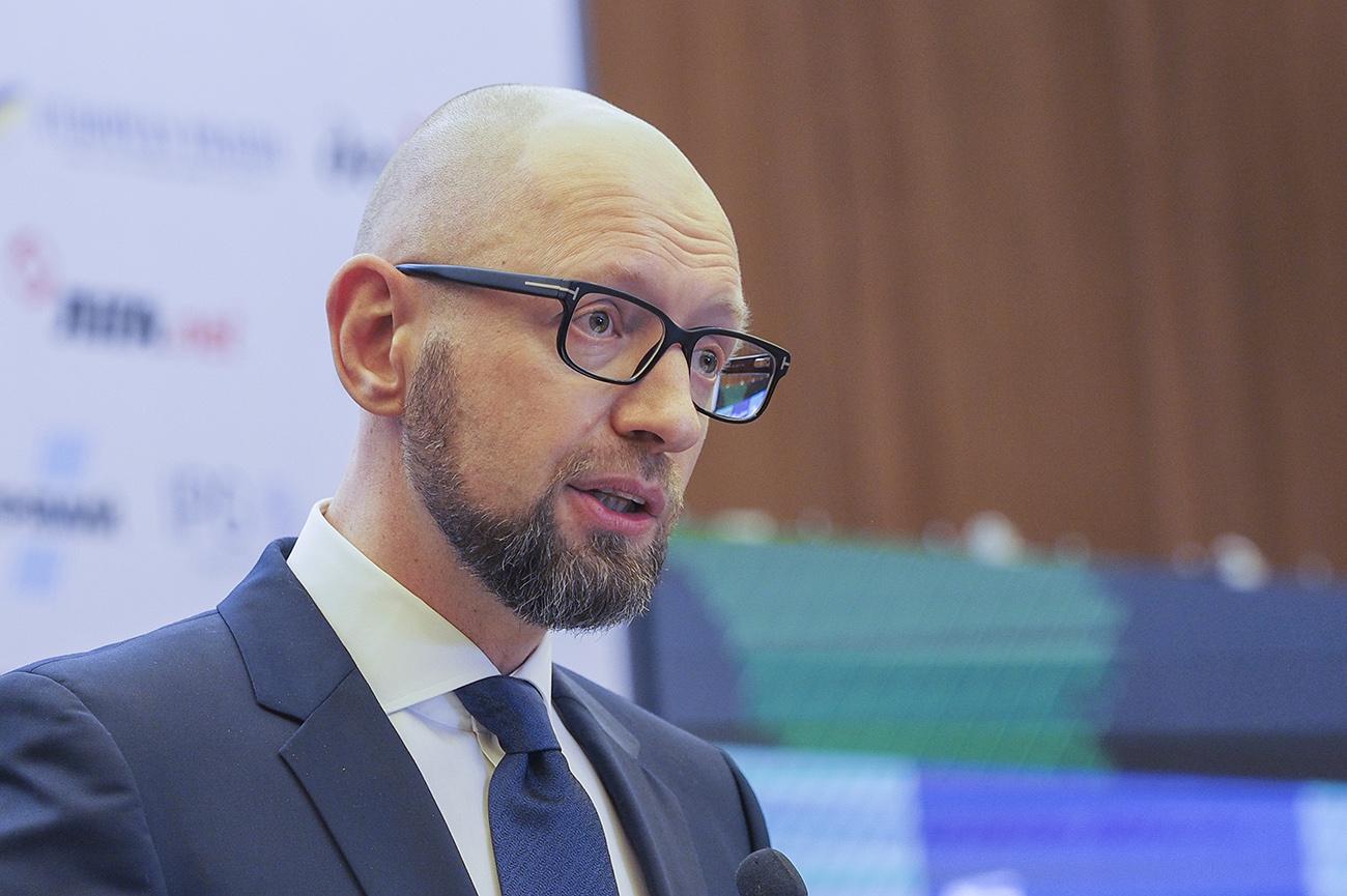"""Яценюк объяснил, почему """"реструктуризация Яресько"""" в 2015 году не была о..."""