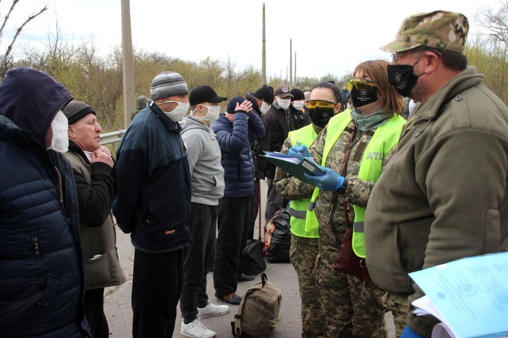 Цена обмена: кого Украина вернула из Донецка и Луганска