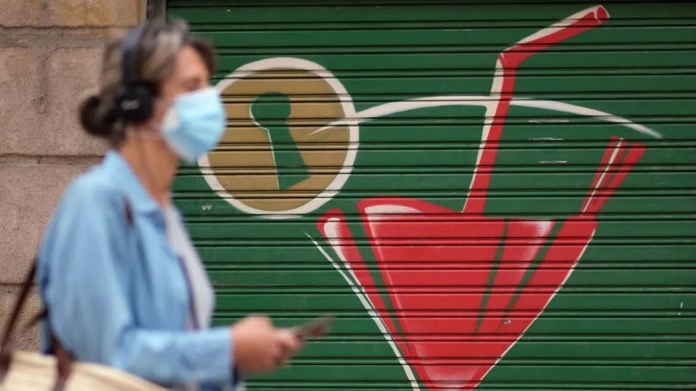 Действенна  даже после 50 стирок. Ученые создали маску для лица, убивающую коронавирус