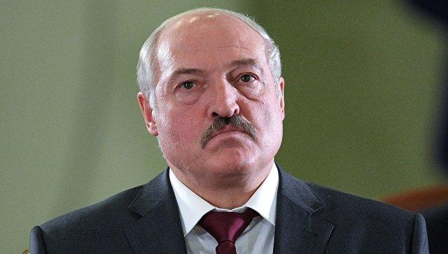 """Лукашенко грозит России ответом на """"молочную войну"""""""