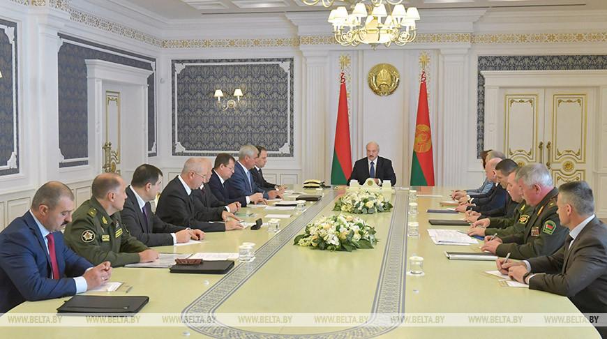 Протесты в Беларуси день 9-й. Лукашенко собирается остудить горячие голо...