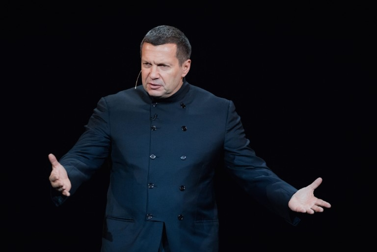 Соловьев ответил Зеленскому по Донбассу и туфлям Бриони