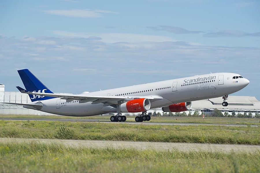 В аэропортах Швеции, Дании и Норвегии отменили 1 200 рейсов
