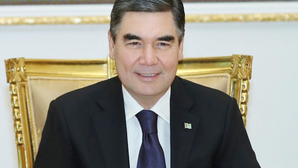 Президент Туркменистана съездил к Вратам ада, чтобы опровергнуть слухи о...