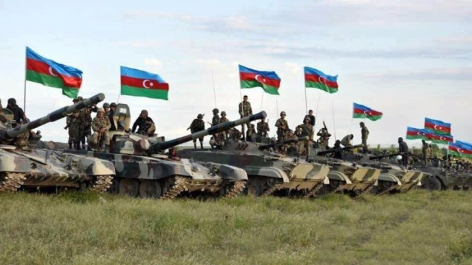 """Военное положение и комендантский час: в Баку готовятся решить """"историче..."""