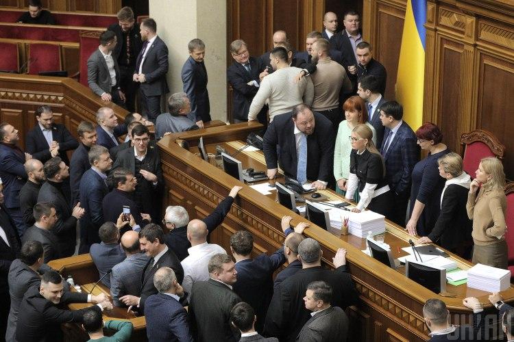 Комитет избирателей Украины назвал лидеров фракций, которые игнорируют р...