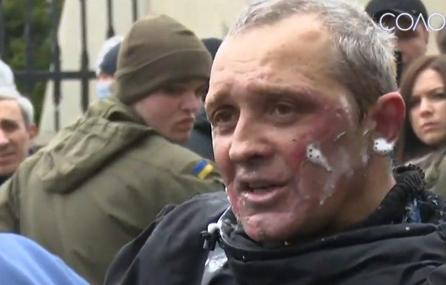 Имел проблемы с местными властями. У Зеленского отреагировали на самопод...
