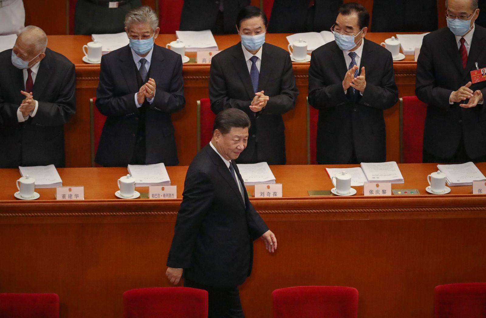 Председатель Китайская республика  СиЦзиньпин подписал закон обобеспечении нацбезопасности вГонконге