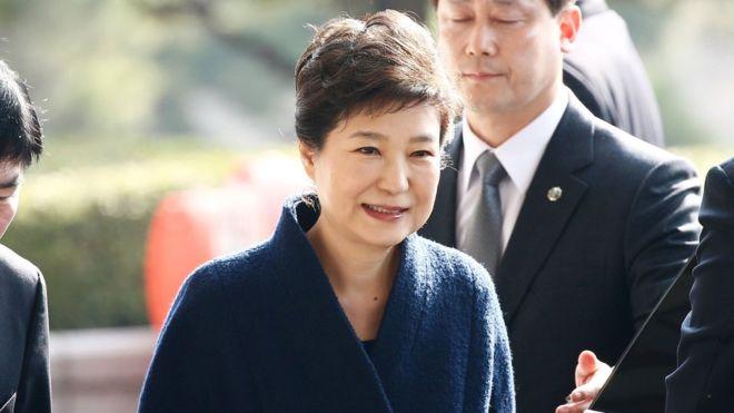 Экс-президент Южной Кореи проведет в тюрьме следующие 24 года