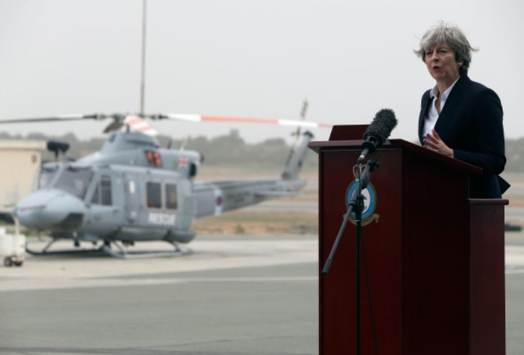 Великобритания будет бомбить Сирию с территории Кипра, - СМИ