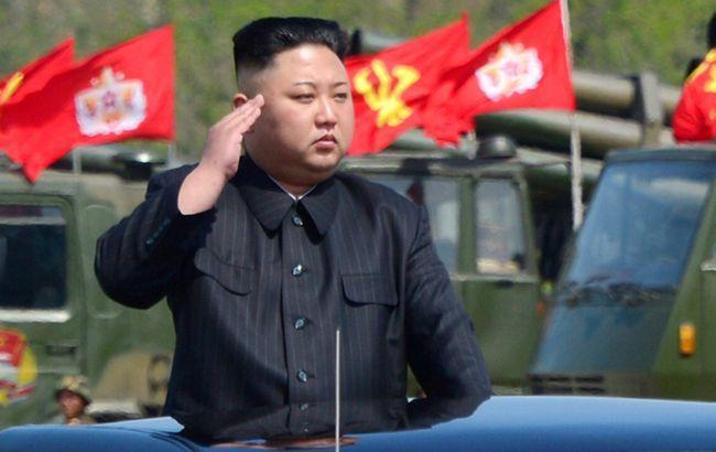Ким Чен Ын внес изменения в конституцию и стал главой КНДР