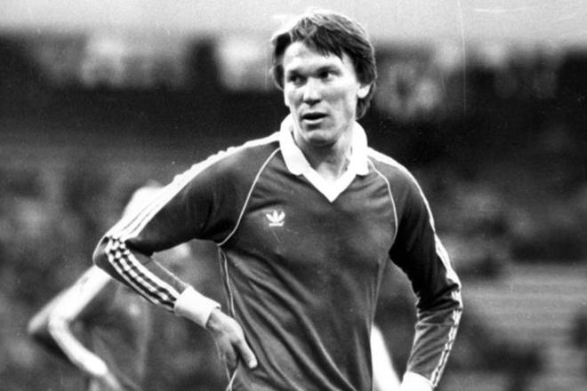 Блохин обиделся на то, что никто из юных футболистов не знает, кто он та...