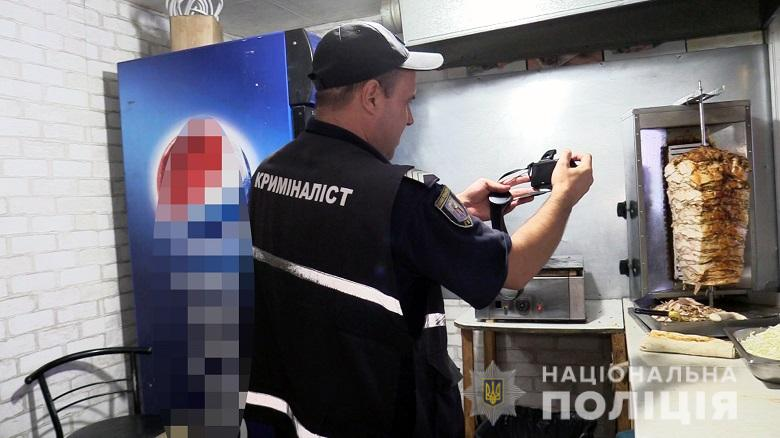 Массовое отравление шаурмой в Киеве, – полиция начала расследование