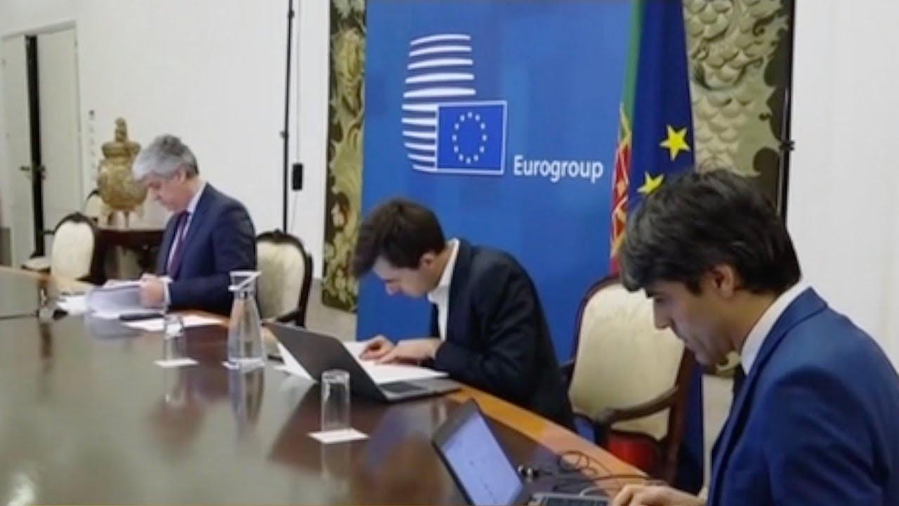 ЕС выделит 500 млрд евро на спасение экономики: это втрое меньше чем про...