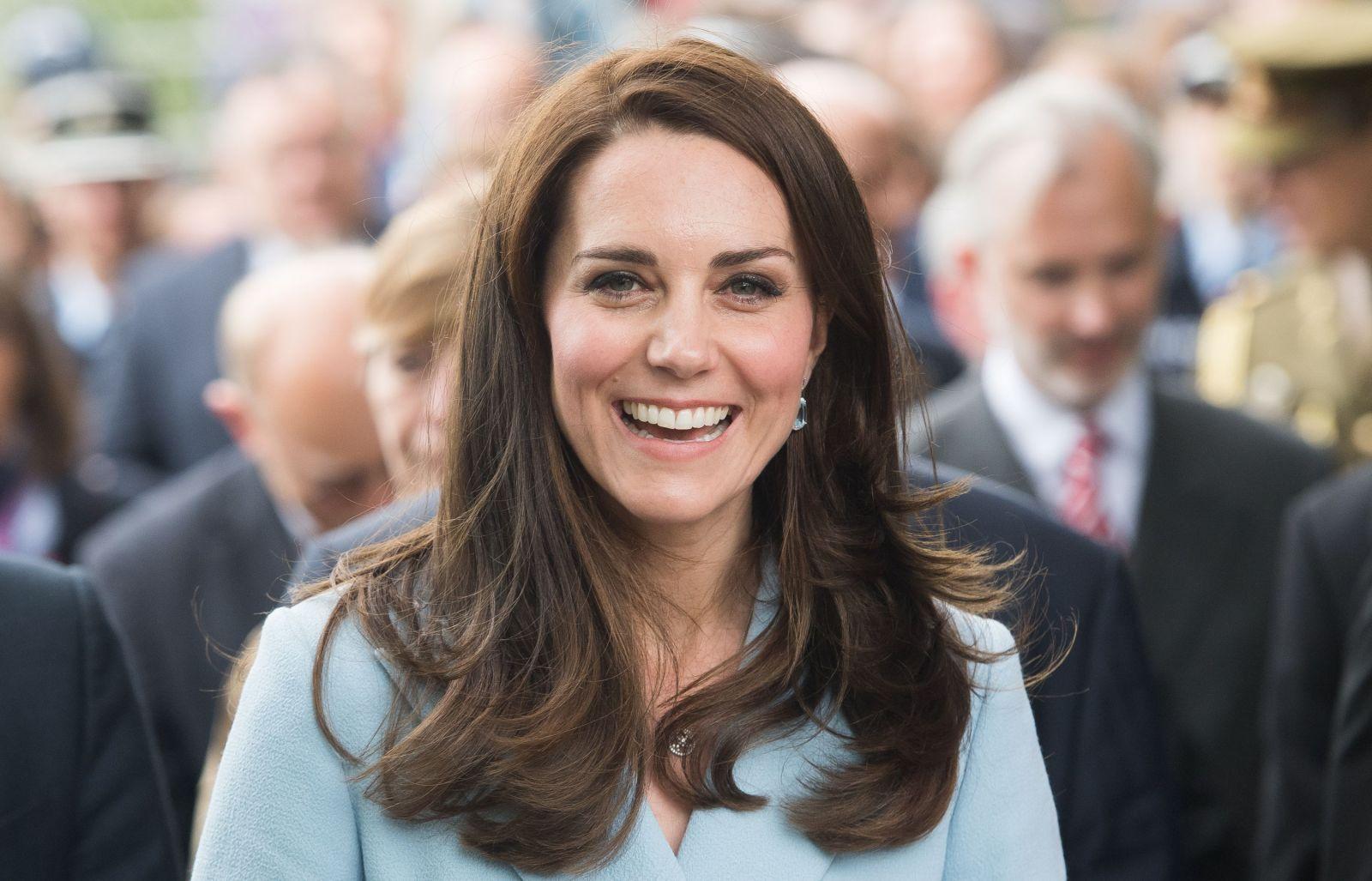 Кейт Миддлтон неожиданно поздравила британку с рождением первенца
