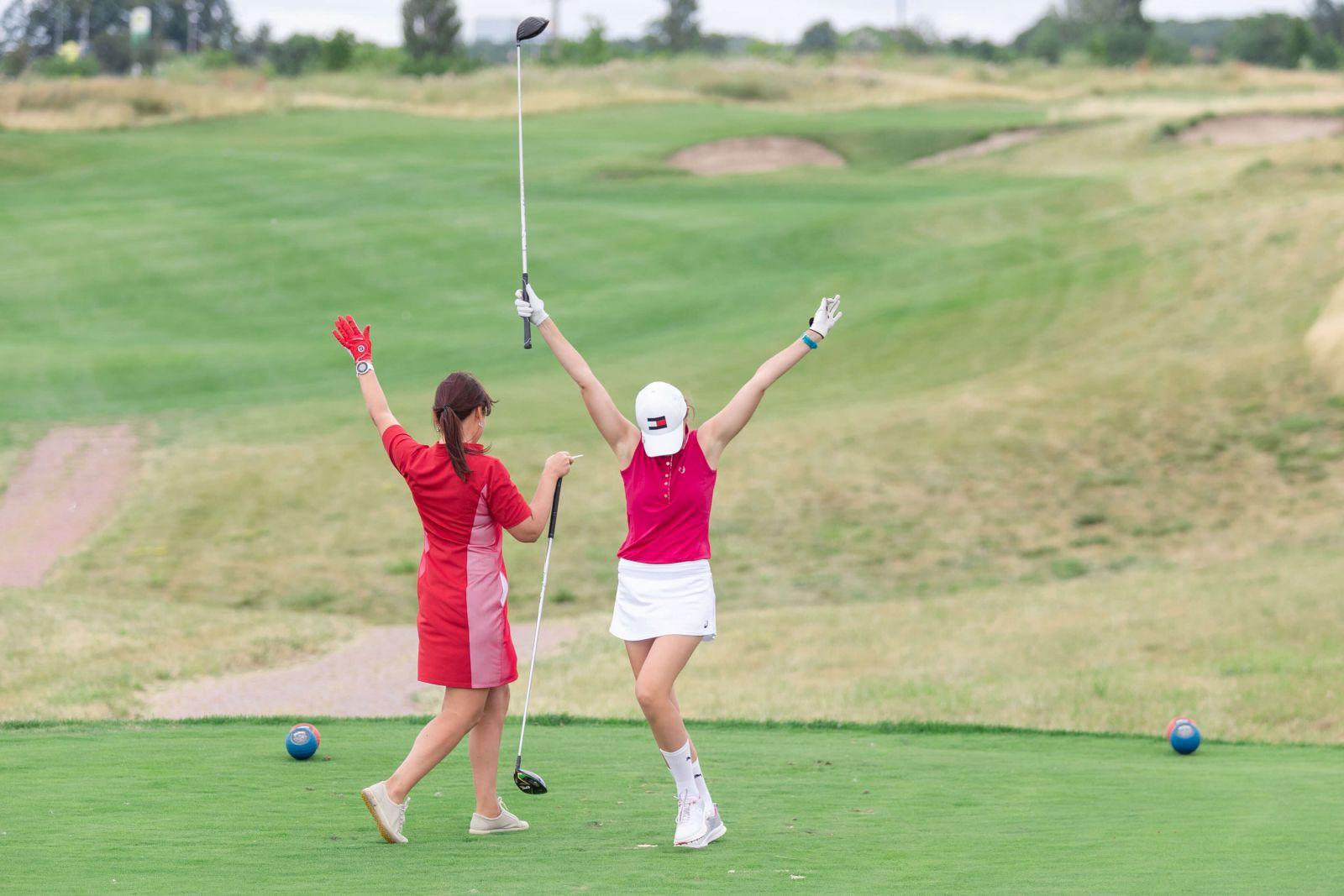 В Харькове состоялся Турнир по гольфу среди женщин