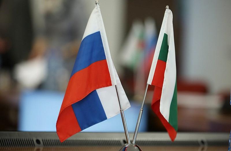 Заподозрили в шпионаже: Болгария выслала двух российских дипломатов