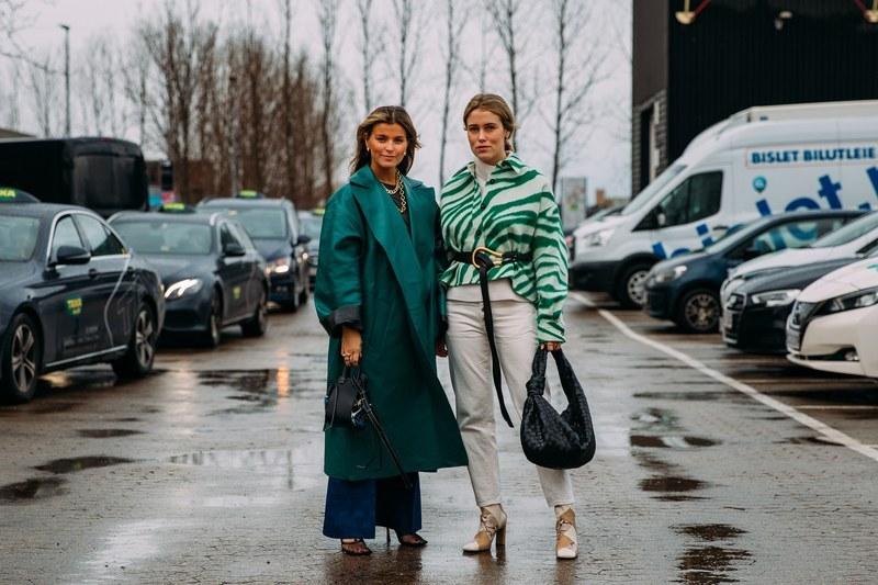Двухцветные пальто и вещи из бабушкиного сундука: самые яркие streetstyl...