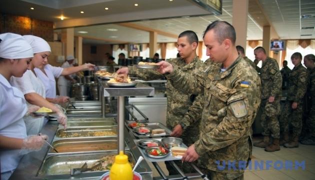 Апелляционный суд: реформирование системы питания в армии можно продолжа...