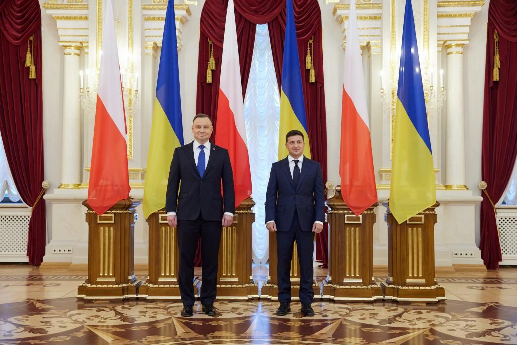 Санкции против РФ должны продолжаться до полной деоккупации Крыма, – Дуд...