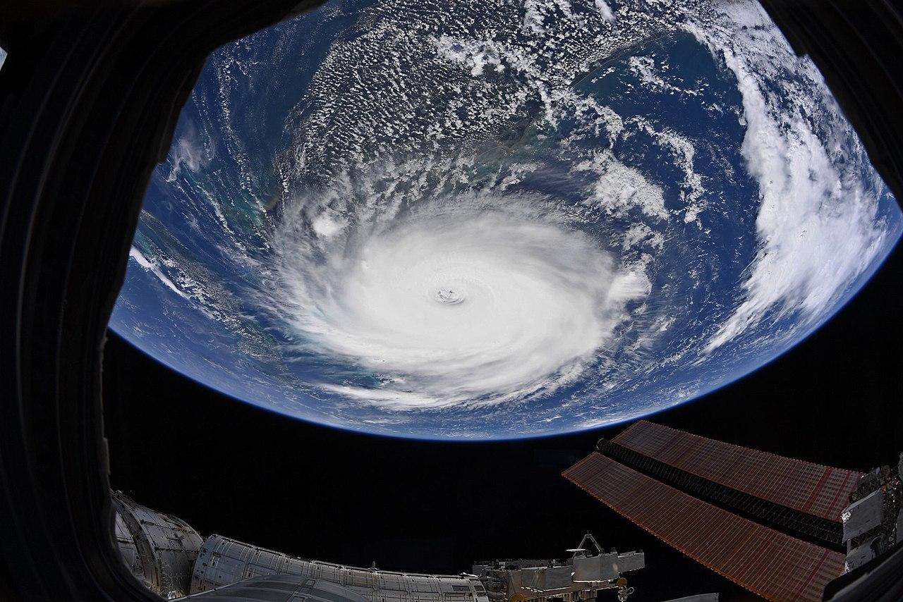 Ад на Земле: 10 самых мощных ураганов за всю историю человечества