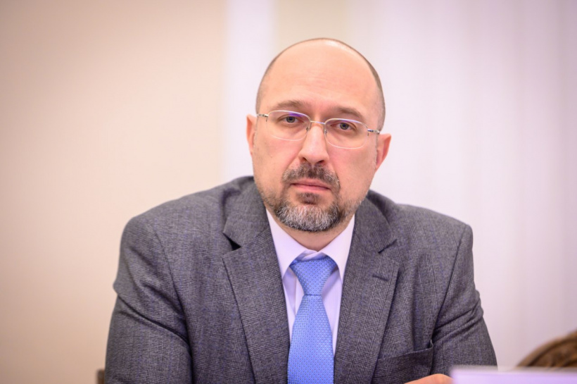 """Украинцы на карантине не могут полгода """"сидеть дома и смотреть телевизор..."""