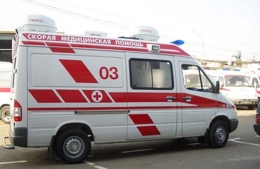 В Москве пьяный военный выбросил с 8-го этажа двух приемных дочерей. Дев...