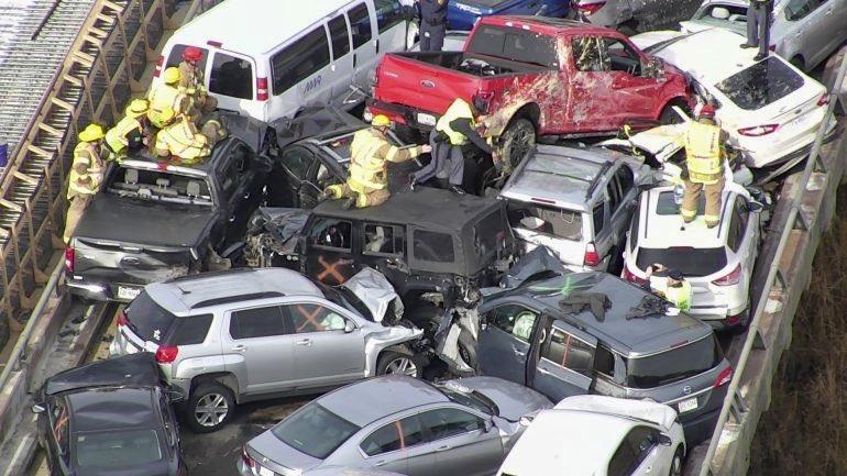 Массовое ДТП в США: столкнулись 69 автомобилей, 51 человек пострадал