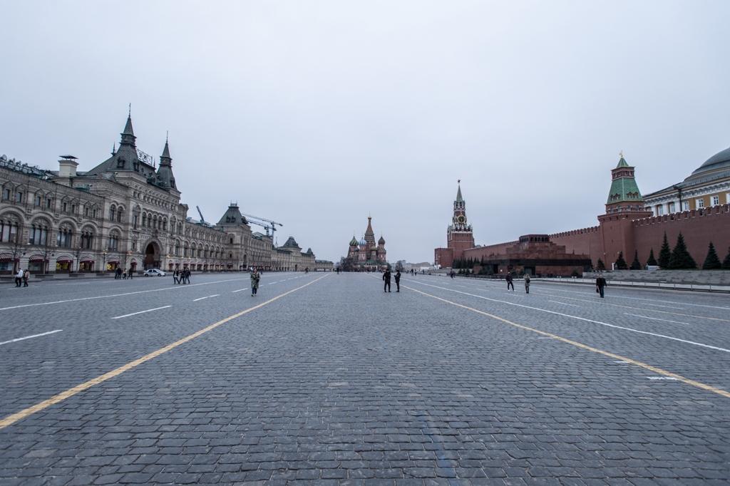 В Кремле заявили, что участие ветеранов в праздновании Дня Победы нецеле...