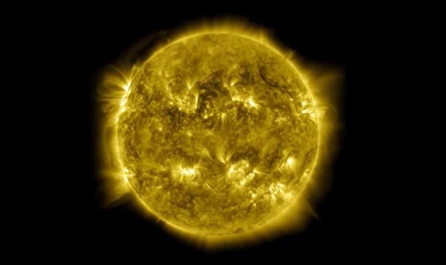 10 лет за один час. NASA показало завораживающее видео солнечной активно...