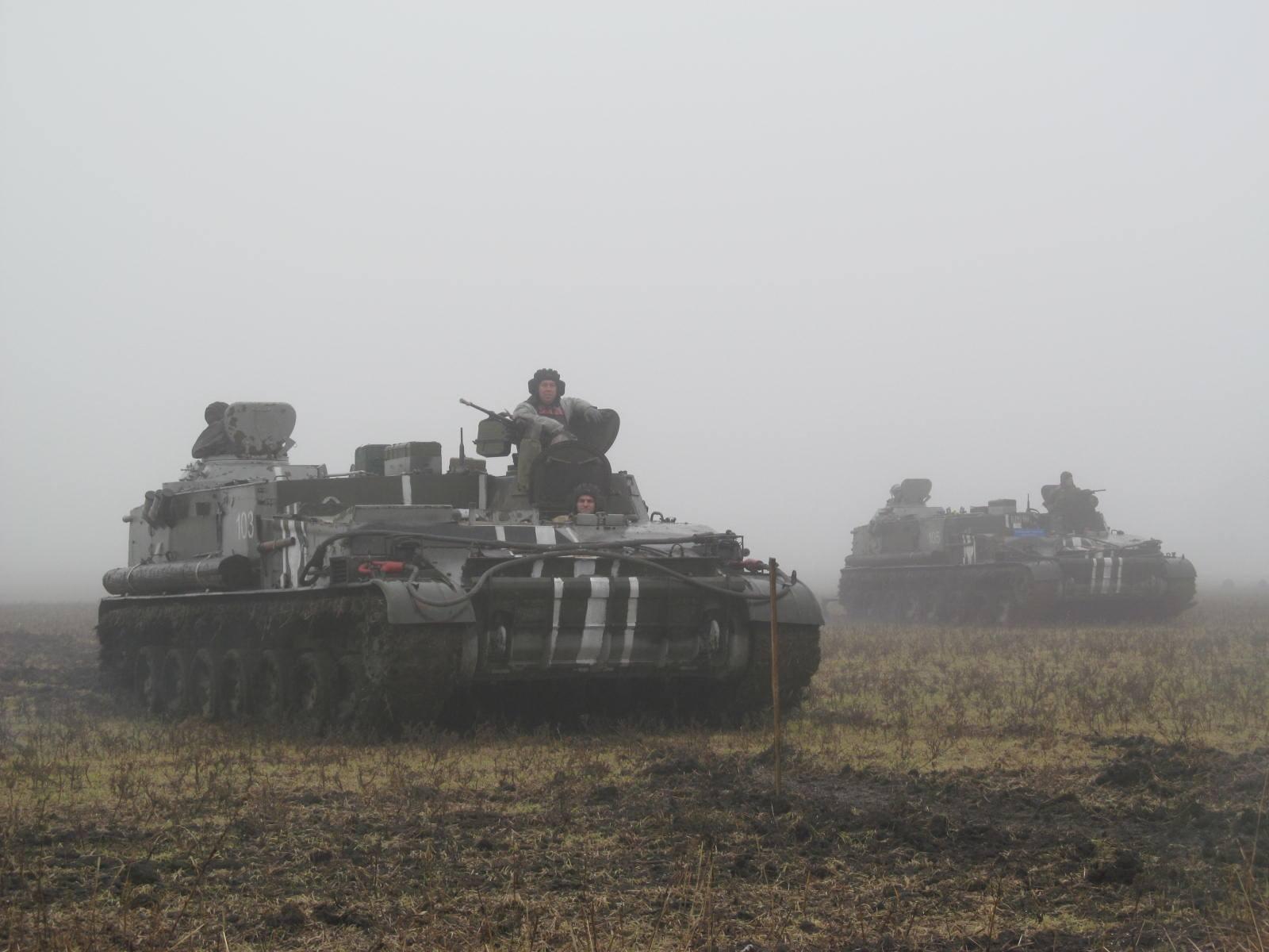 Боевики продолжили обстрелы, но ослабили наступление, - ИС