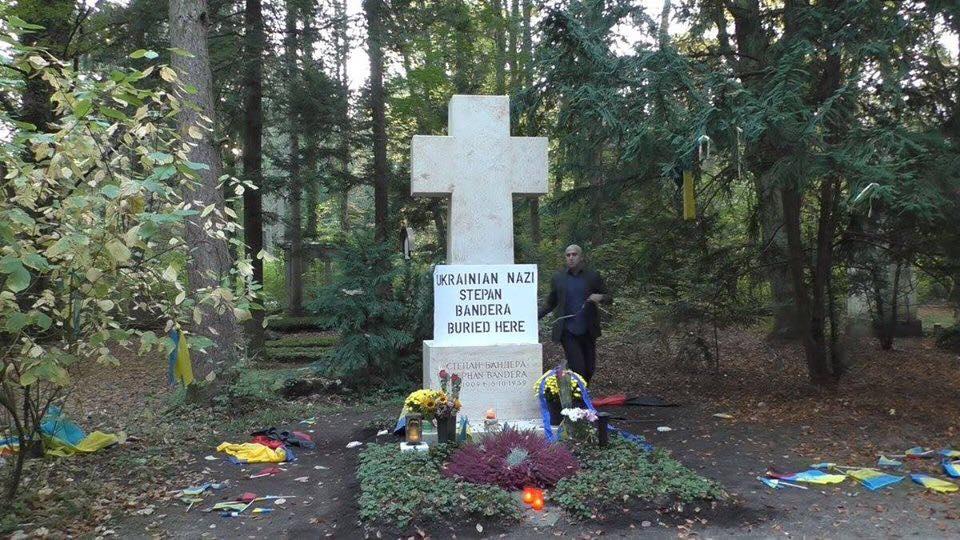 Мосийчук пригрозил расправой пропагандисту Филлипсу за срыв флага с моги...
