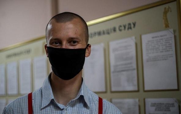 Кольченко присудили 40 часов общественных работ за участие в акции у пос...