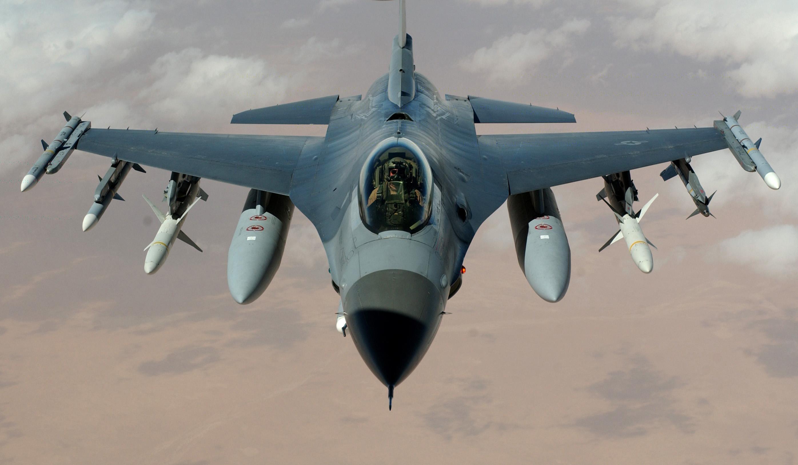 Дания впервые осуществила бомбардировку позиций террористов ИГИЛ в Сирии