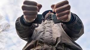Зимний серийный насильник в Ровно арестован на два месяца