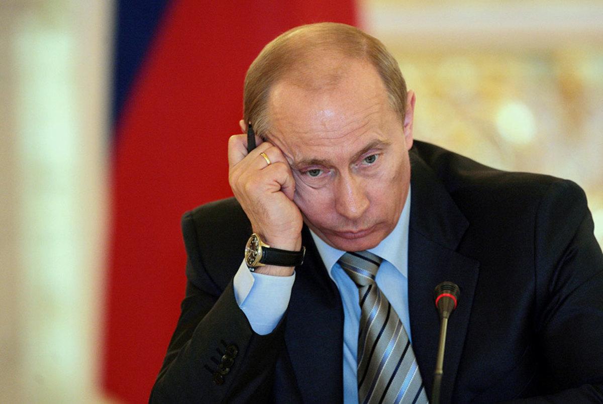 """Декларация Путина: заработал меньше Мишустина, владеет прицепом """"Скиф"""" и..."""