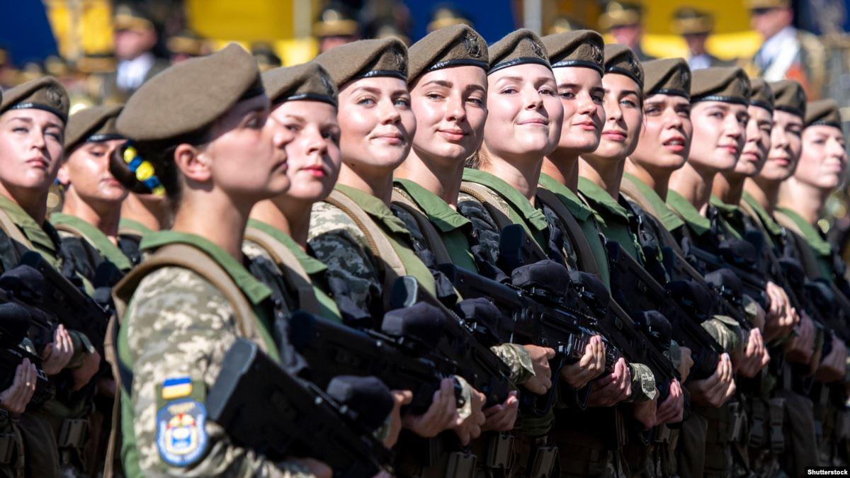 существуют женская служба в армии фото показывала свои