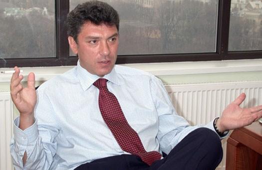 Издательство Коммерсант и политик Немцов выплатят Лужкову 1 млн. рублей