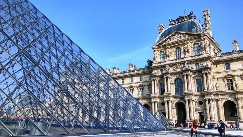 Во Франции Лувр закрыт из-за забастовки сотрудников