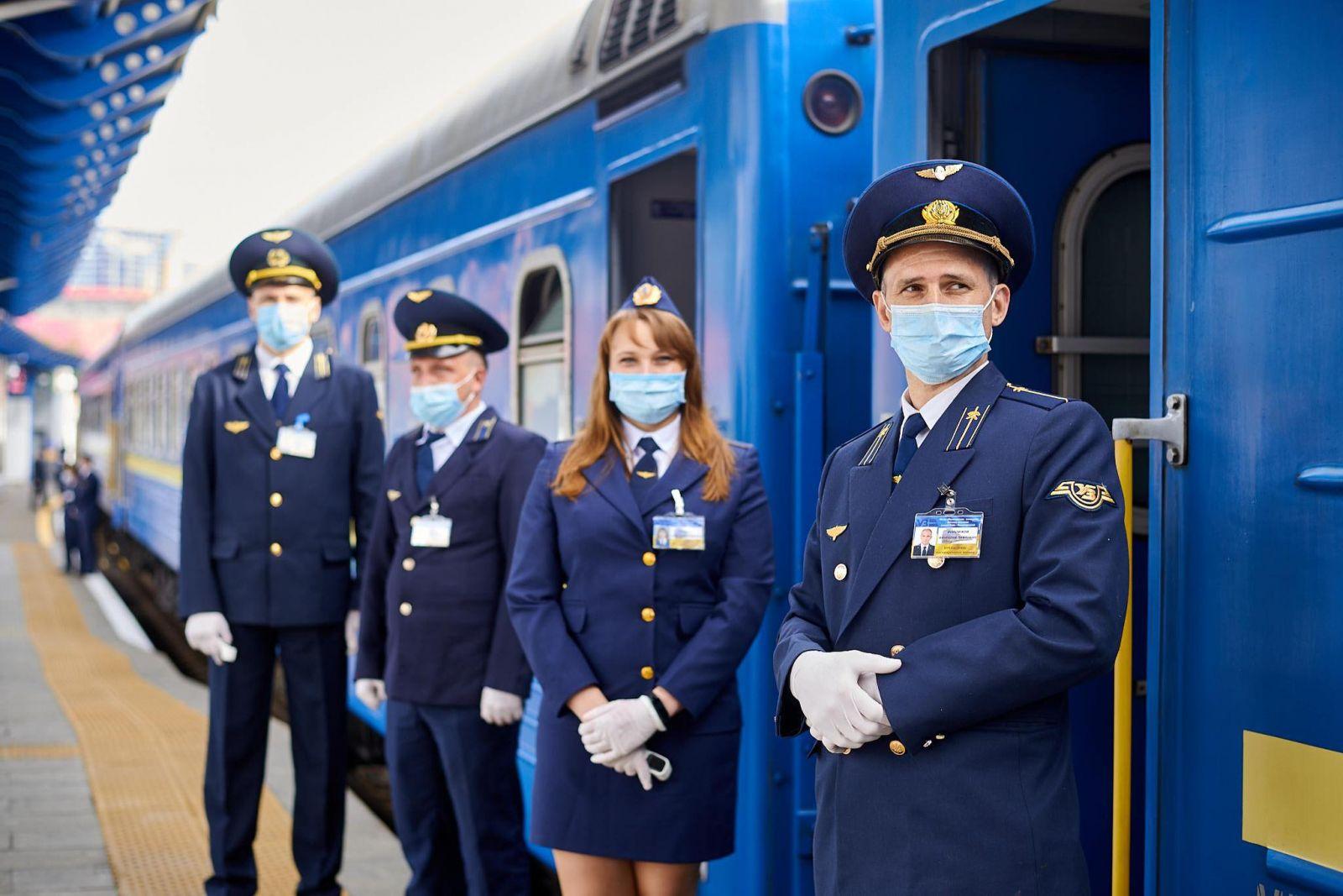 В Луцке и Тернополе разрешили остановку поездов