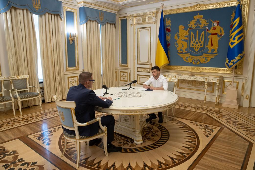 Зеленский поручил Баканову за две недели показать успехи в борьбе с конт...