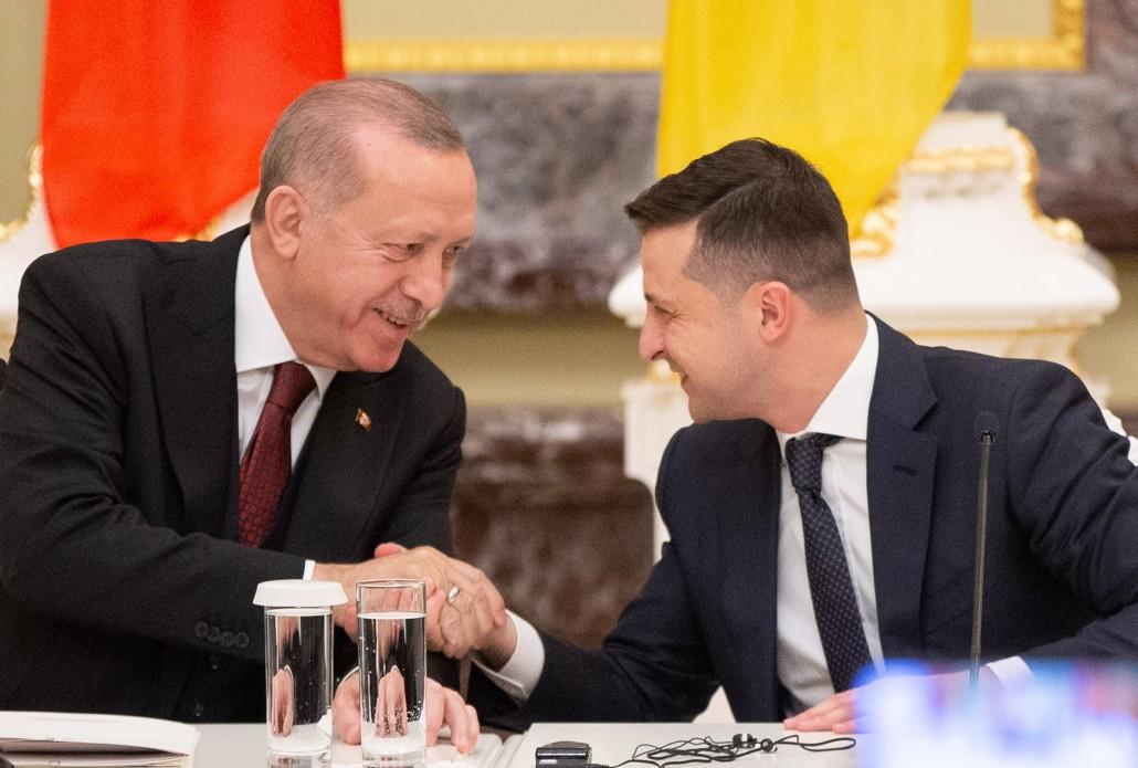 Турция выделит 36 млн долларов на нужды украинской армии