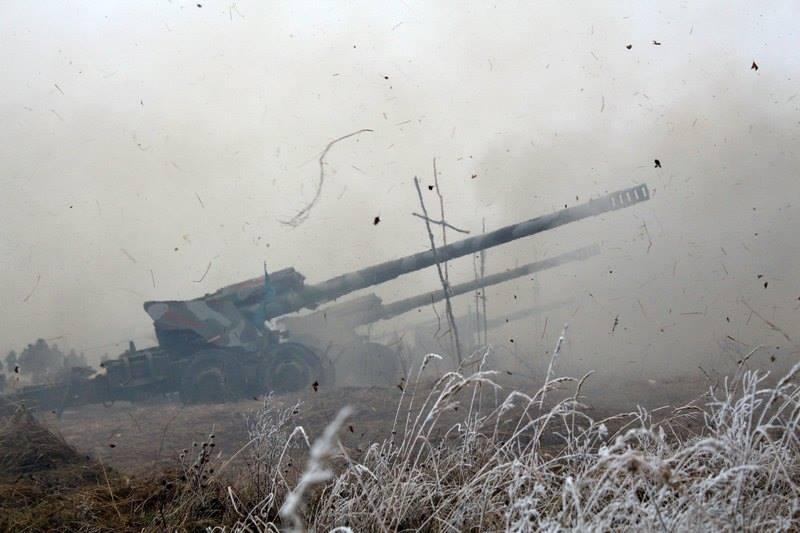 Враг наступает вблизи Донецка, Дебальцево и Мариуполя