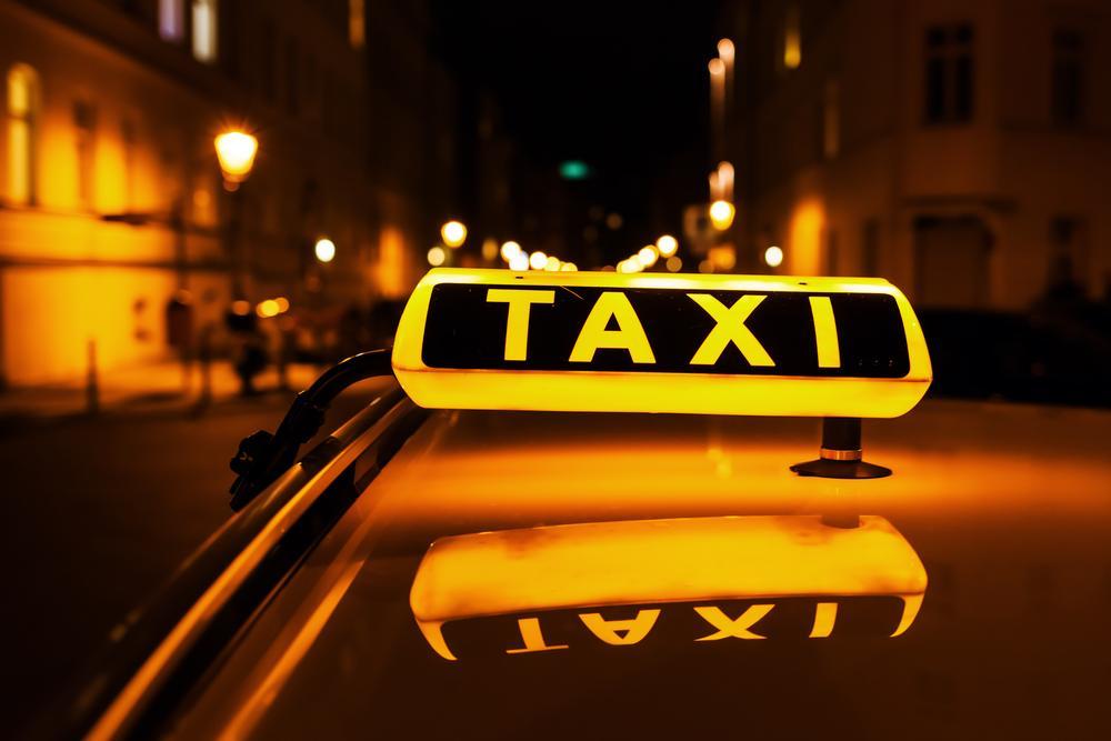 В Мюнхене решили оплачивать женщинам ночные поездки в такси