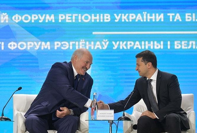 Зеленский осенью планирует поездку в Беларусь