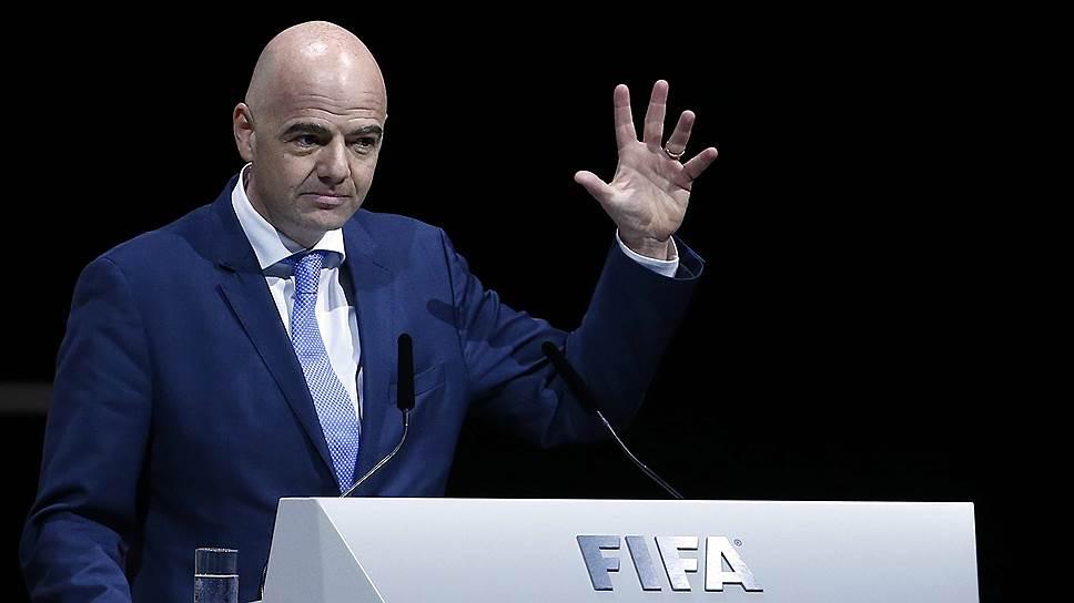 ФИФА хочет останавливать матчи при проявлении расизма