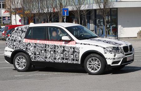 Новый кроссовер BMW X3 попал в объективы папарацци